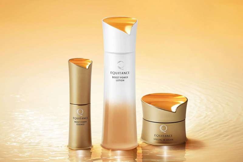 三詩達(SUNSTAR)旗下品牌EQUITANCE花耀肌全新推出「花耀肌 煥膚超導活顏露」(圖中),強化保養肌底的第一步。(圖/SUNSTAR提供)