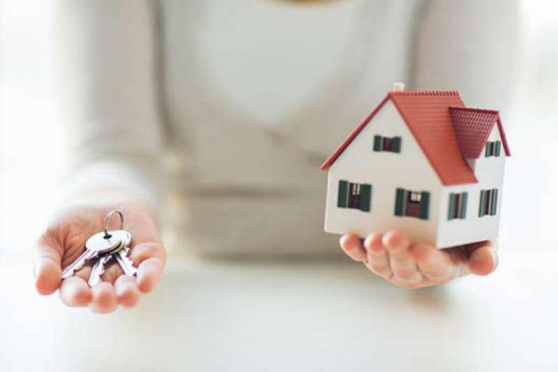 房貸延長的陷阱,恐拖累生活品質。(示意圖/取自Unsplash)