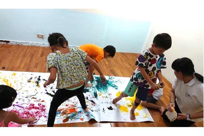 笛飛兒 EQ 教育強調讓孩子天賦適性發展,突破教養困境(圖片來源:笛飛兒EQ教育)