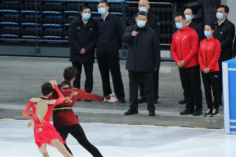 中國國家主席習近平視察2022年北京冬奧籌備情形。(AP)
