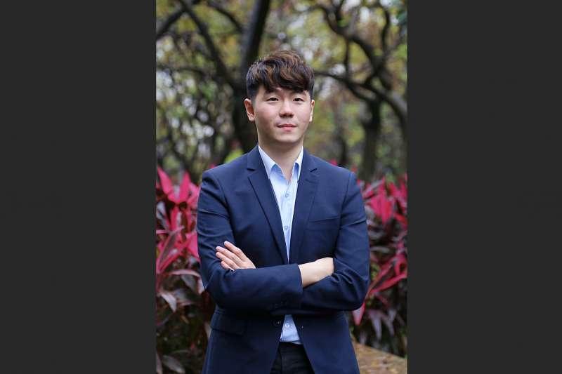 林君諺23歲便取得台灣獎金最高的首屆「名人冠軍賽」頭銜。(海峰棋院)