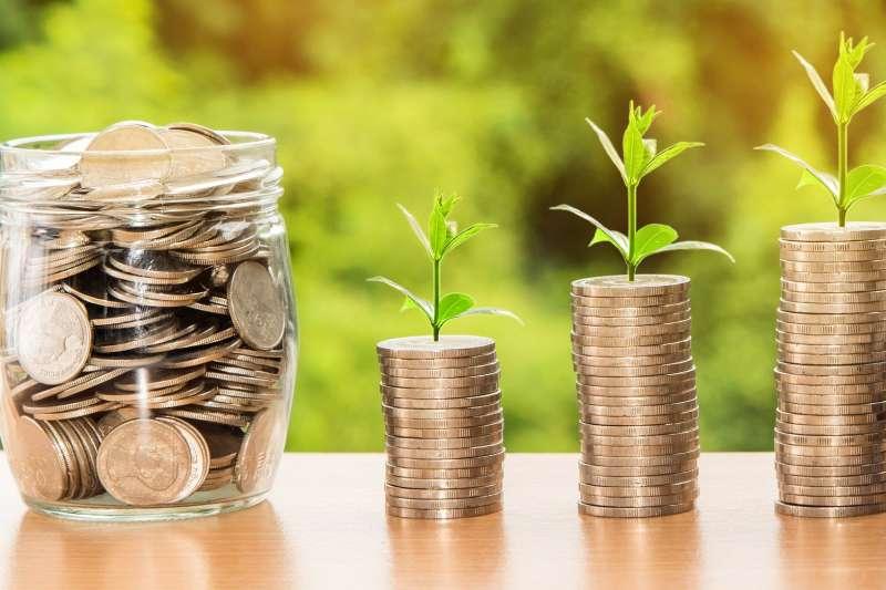 年終獎金怎麼花最聰明?(圖/取自pixabay)