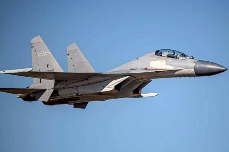 中共軍機頻繁擾台,圖為殲-16戰機。(空軍司令部提供)