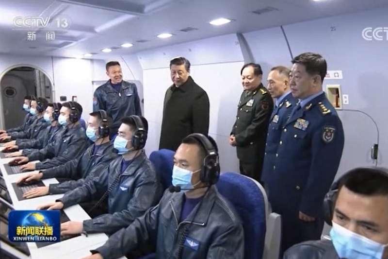 中國國家主席習近平年前視察「某航空師」,就是磊莊機場。(翻攝自央視視頻)