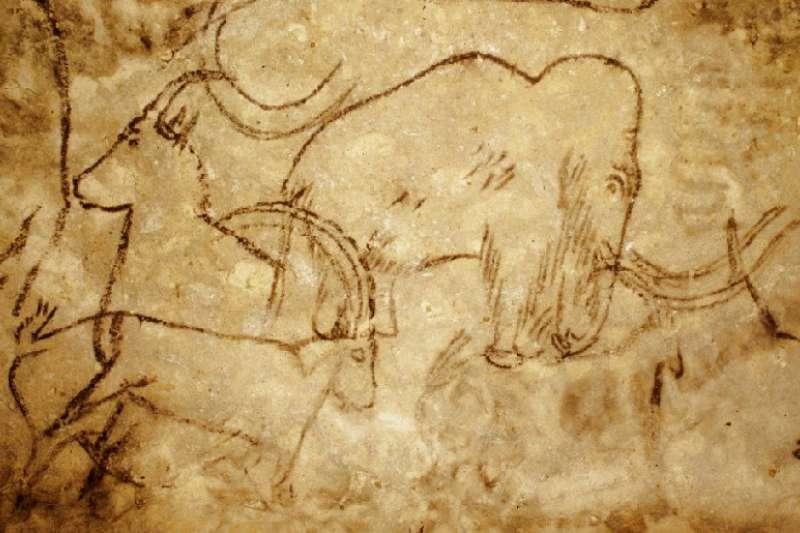 繪有長毛象(猛瑪象)的壁畫(維基百科公有領域)