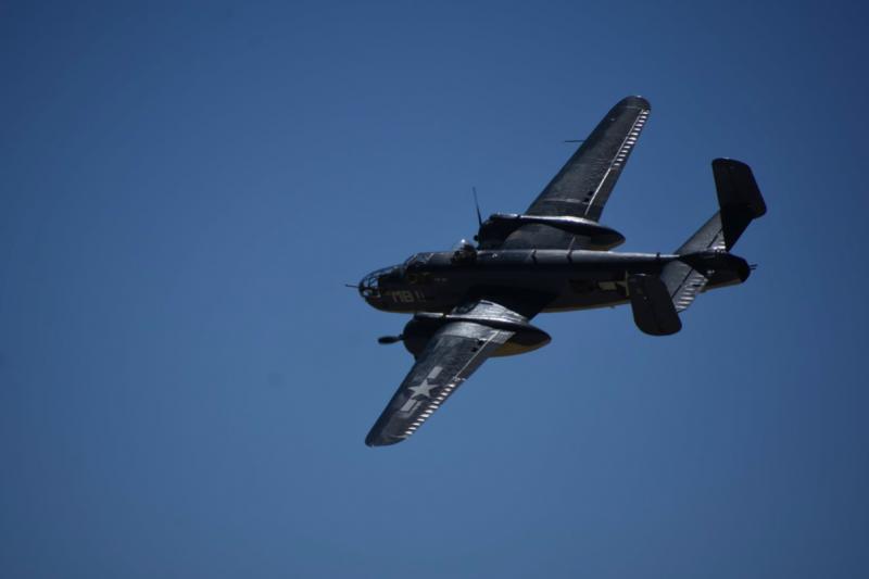 海軍版的B-25轟炸機PBJ,戰時主要由陸戰隊使用,曾支援過硫磺島與沖繩戰役,照片中的這架飛機是當今世界上唯一還能飛行的PBJ。(許劍虹攝)