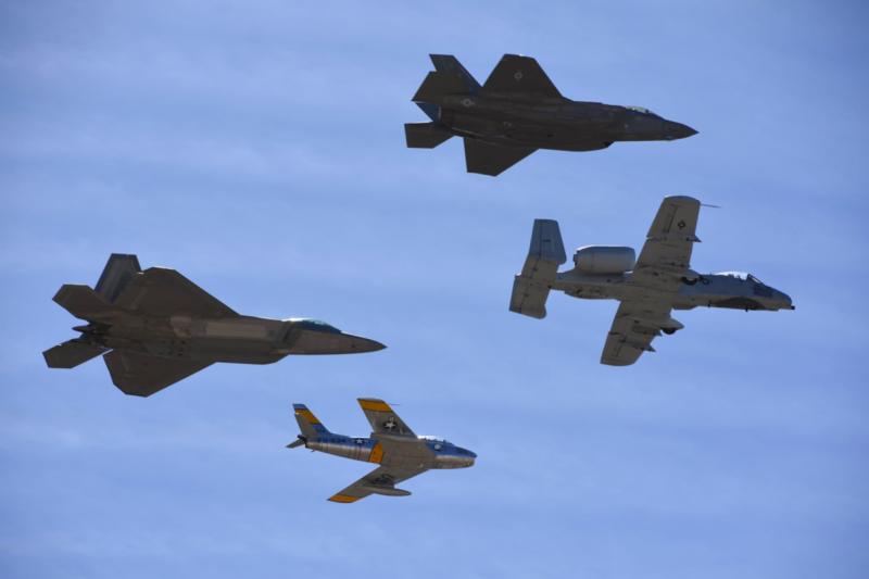 比較可惜的是,這次傳承飛行除了F-86F外,其他全部都是美國空軍現役機種。(許劍虹攝)