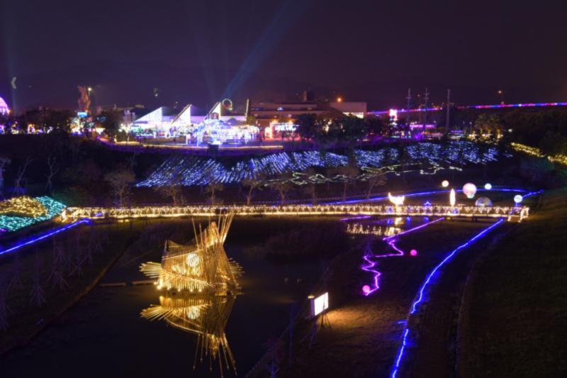 南投燈會已經開始,超過10個主題燈區各具特色。(圖/南投縣政府提供)