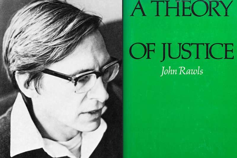 20世紀最重要的美國政治哲學家約翰・羅爾斯與他的代表作《正義論》,為西方當代自由主義立下基本參數。(維基百科/公用領域/風傳媒合成)