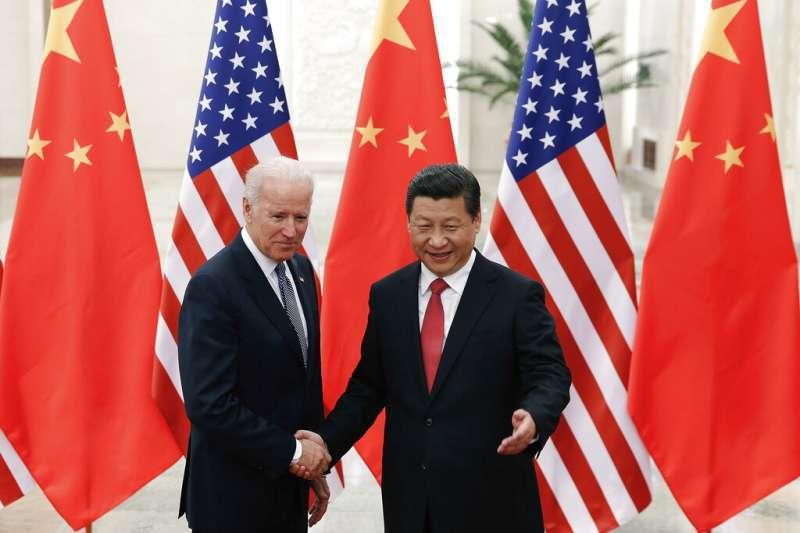 中美關係,2014年,中國國家主席習近平與時任美國副總統的拜登。(美聯社)
