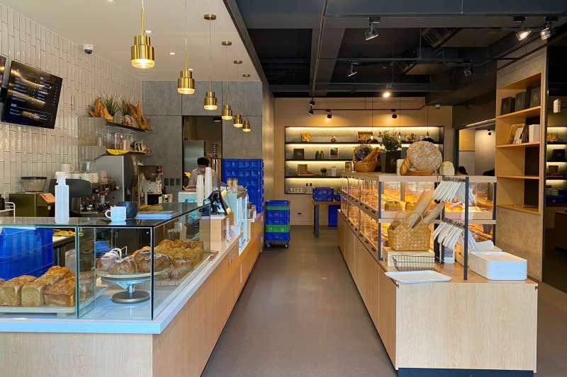 內湖三總旁「國賓官邸」貝可麗烘焙工坊2號店開幕。(興富發提供)