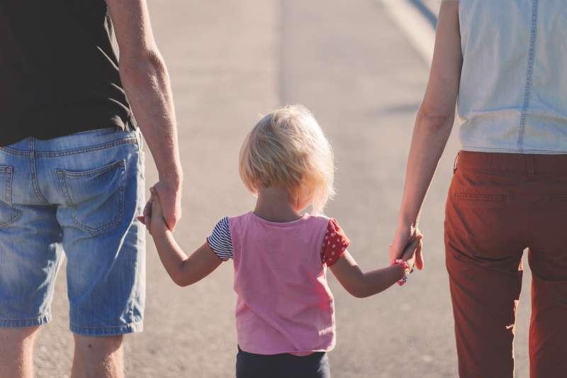 (示意圖)夫妻、婚姻、家庭、夫婦、親子(Pixabay)