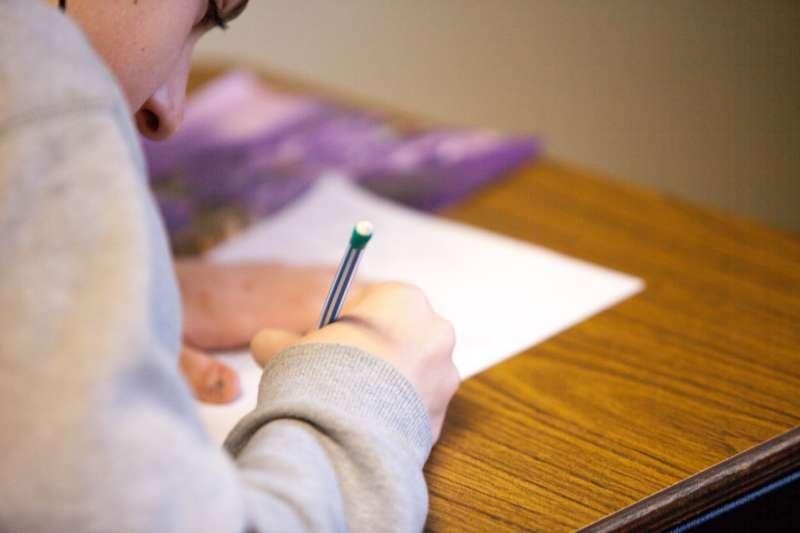 筆者利用「隨機輸入法」列出60個單字的清單中並選出1個隨機詞,進行發想。 (取自unsplash)