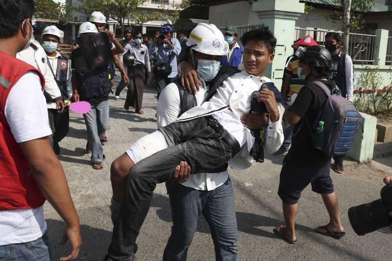 2021年2月,緬甸軍方發動政變奪權,引發大規模示威抗議(AP)