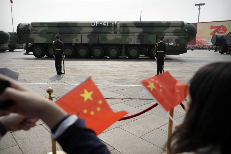 中國人民解放軍「東風41型」(DF-41)洲際彈道飛彈(AP)