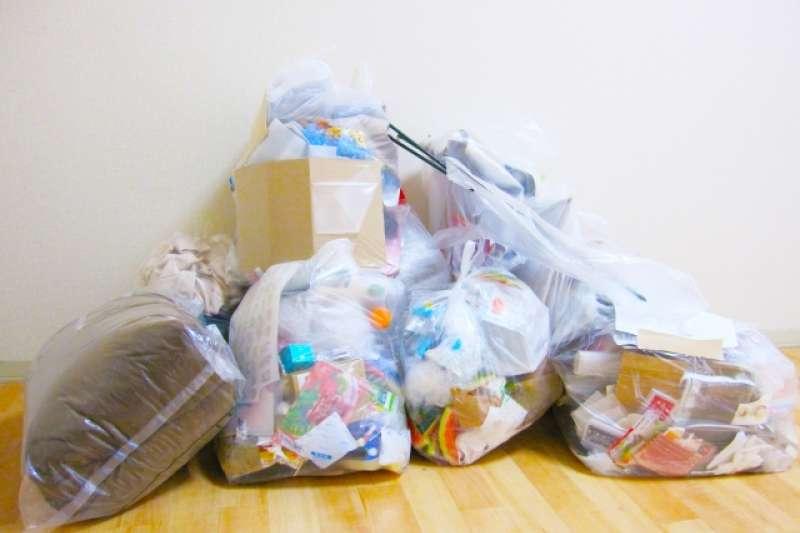 〝特定垃圾〞不能隨意丟入垃圾車喔!(圖/取自photoAC)