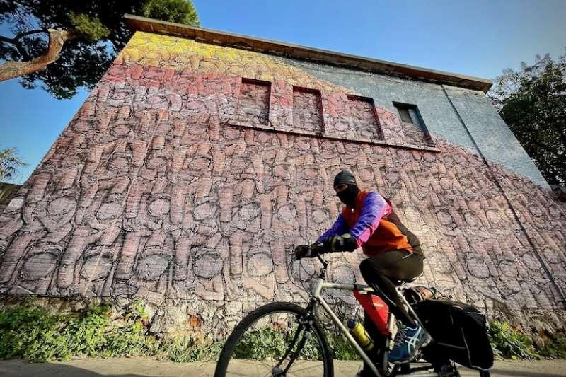 「街頭藝術」(曾廣儀攝)