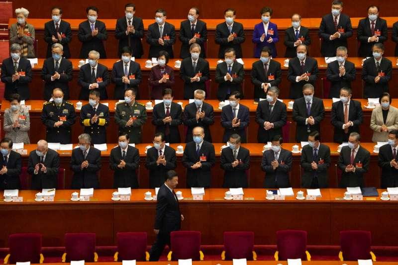 中國全國人民代表大會與全國政協會議(簡稱「中共兩會」)3月4日、5日在北京登場,中國國家主席、中共總書記習近平出席。(AP)