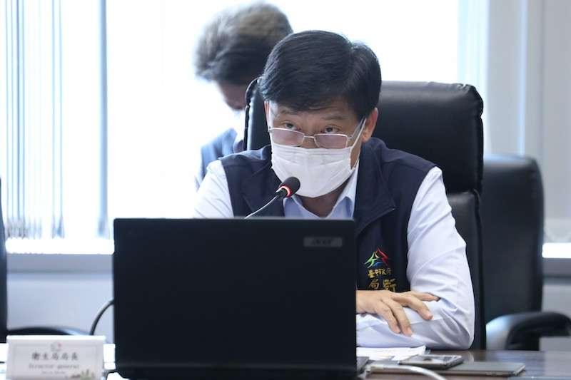 台中市政會議中,衛生局長曾梓展提出中市首創「中醫藥安全五層防護網」。(圖/台中市政府提供)