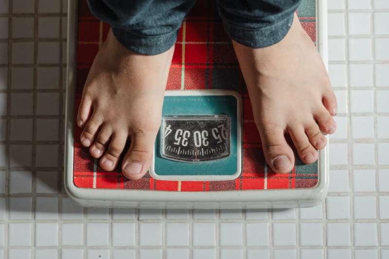 超萬能的維生素D,除了能保骨骼健康、抗憂鬱、還能幫助減肥!(圖/取自Pexels)