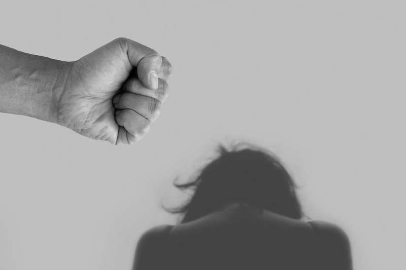 世界衛生組織9日發布調查顯示,全球有25%女性曾遭另一半暴力對待。(Tumisu@pixabay/CC BY2.0)