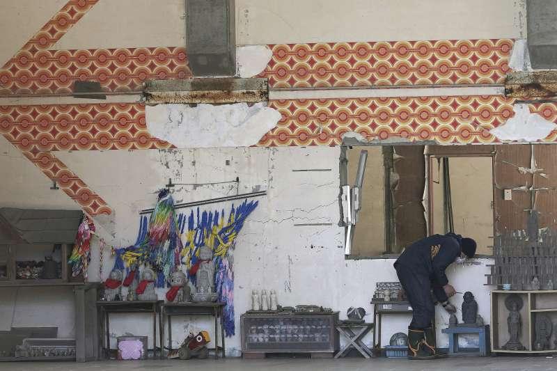 311震災十周年:宮城縣石卷市立大川小學校74名學童、10位教師在大地震引發的海嘯中喪生。(AP)