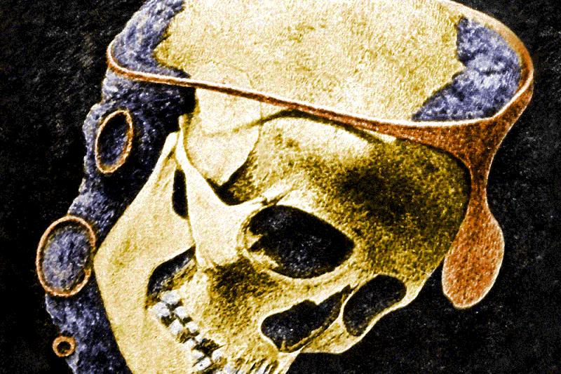 青銅文明阿爾加文化(El Argar)約於西元前2000年出現在如今的西班牙,圖為墓穴出土戴著銀製冠冕的骷髏頭。(Public Domain)
