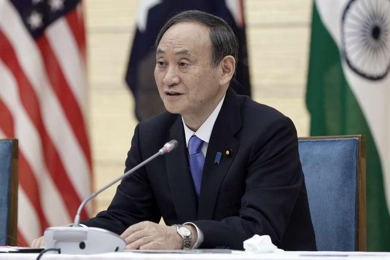 日本政府決定將福島核廢水排入海,引發周邊國家抗議,圖為日本首相菅義偉(AP)