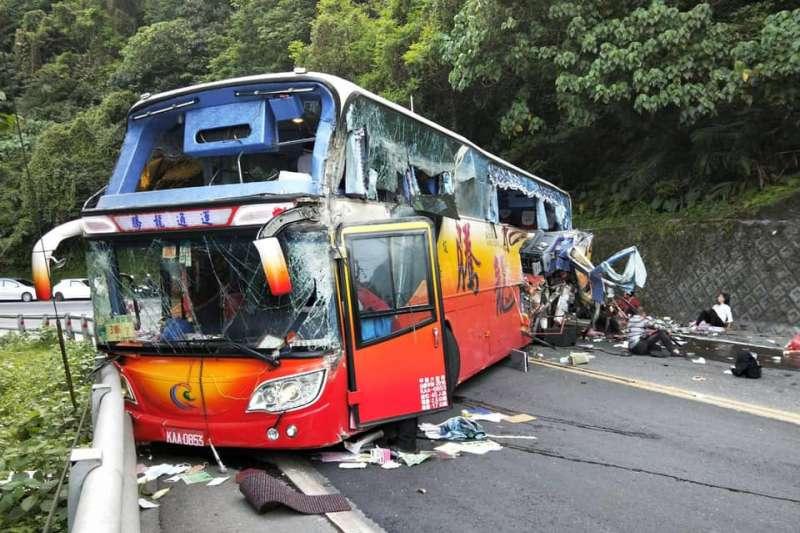 日前蘇花公路發生遊覽車撞山壁死亡事故,造成6死39傷慘劇。(資料照,取自宜蘭勁好行臉書)