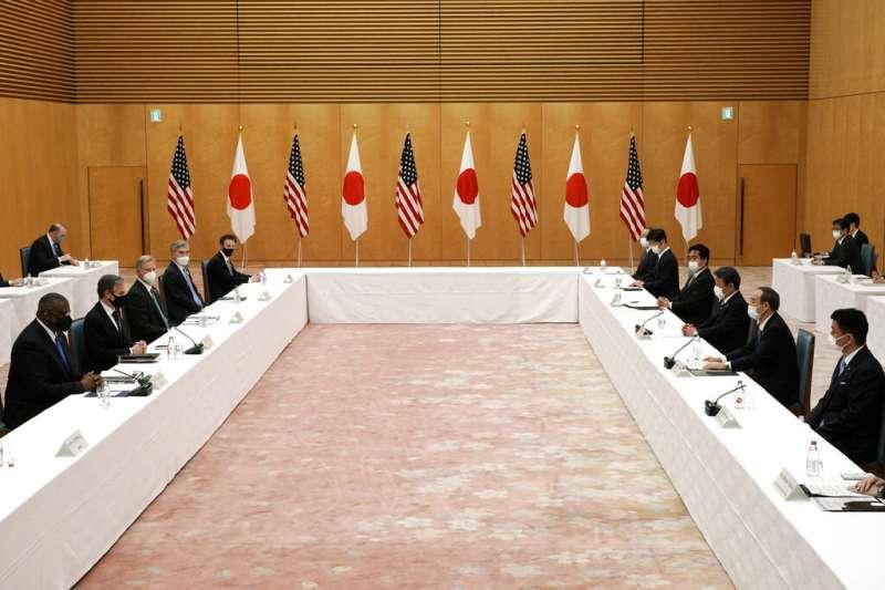 美國國防部長奧斯丁、國務卿布林肯,16日與日本外務大臣茂木敏充、防衛大臣岸信夫舉行美日「2+2會議」。(由左至右,美聯社)