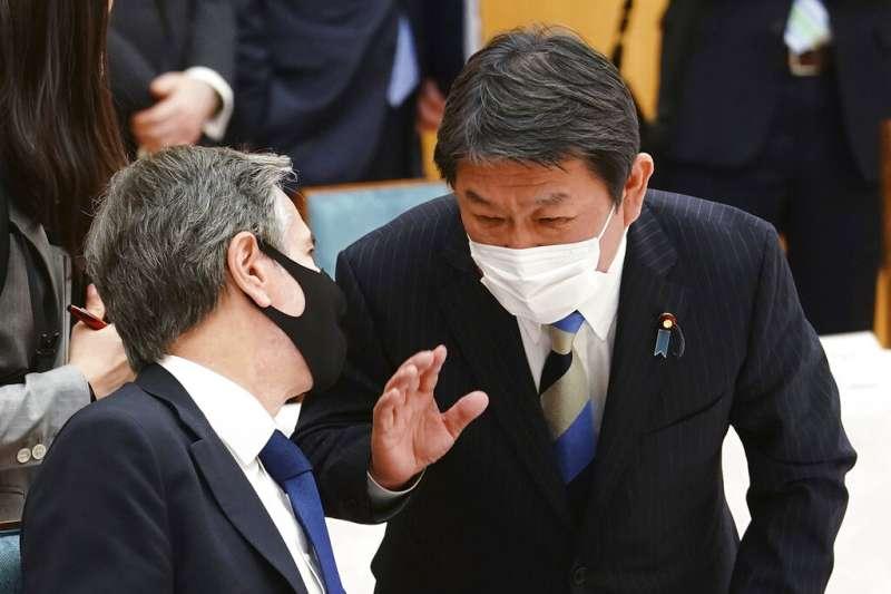 美國國防部長奧斯丁、國務卿布林肯(左),16日與日本外務大臣茂木敏充(右)、防衛大臣岸信夫舉行美日「2+2會議」。(由左至右,美聯社)