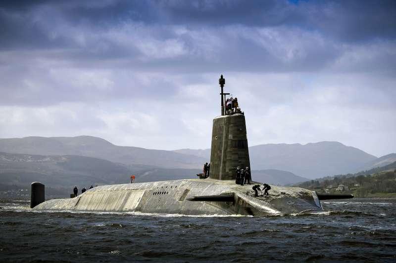 英國先鋒級核動力潛艦警覺號(HMS Vigilant)(CPOA(Phot) Thomas McDonald/MOD@Wikipedia / OGL v1.0)