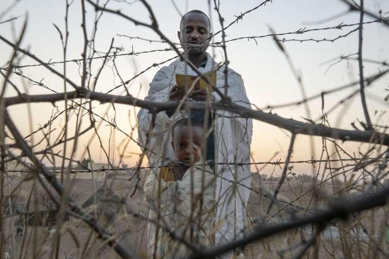 2021年,衣索比亞北部提格雷州內戰,向上帝祈嬦的難民(AP)