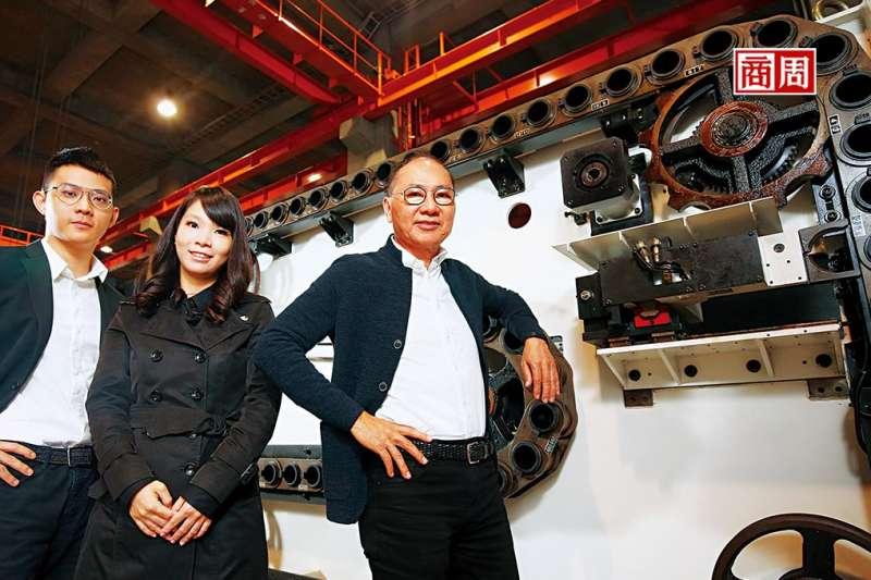 吉輔企業董事長劉興榮(右1)。(圖片來源:商業周刊提供)