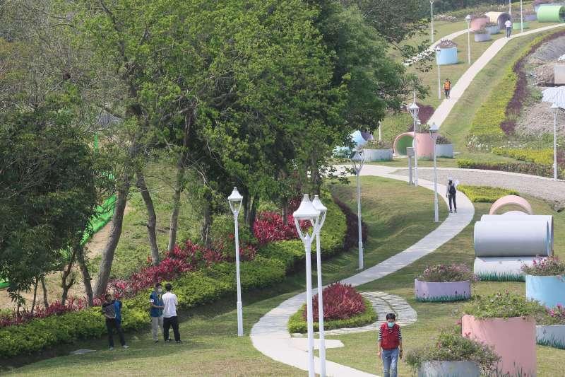 20210329-雙北合作交流會議29日在原五股垃圾山的五股新冪境綠地公園舉行。(柯承惠攝)