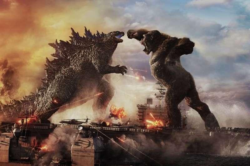 《哥吉拉大戰金剛》(Godzilla vs. Kong)可以說是2021上半年最紅的商業大片。(圖/取自imdb官網)