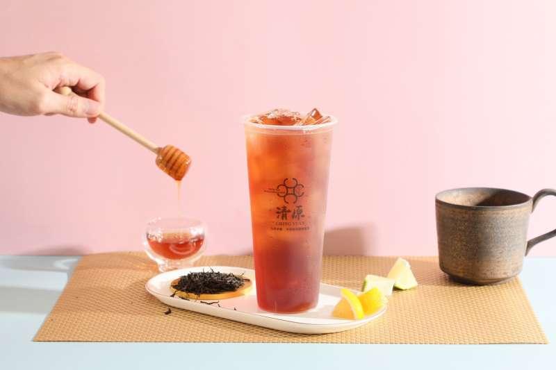 歡慶四天連假 ,清原推貴族飲品「坎格拉系列」第二杯半價優惠。(圖/業者提供)