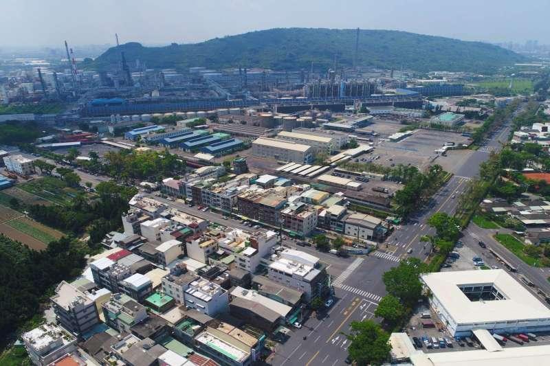 台積電的7奈米廠將進駐高雄,對其產業結構轉變的意義明顯。(資料照,高雄市都發局提供)