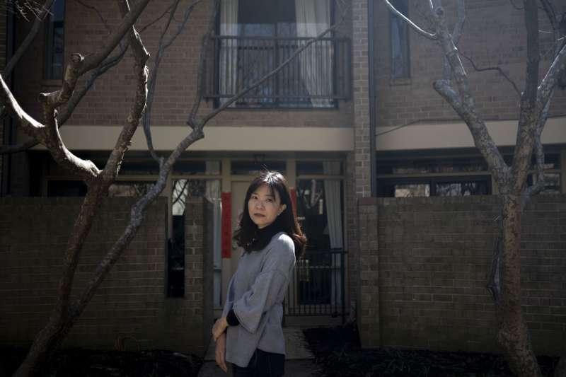 3月19日,莊祖宜在美國馬里蘭州羅克韋爾的家中。她曾在中國社群媒體上擁有大量粉絲。(GABRIELLA DEMCZUK FOR THE WALL STREET JOURNAL)