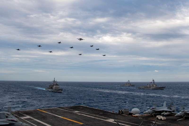 美軍羅斯福號航母戰鬥群。(羅斯福號官方臉書)