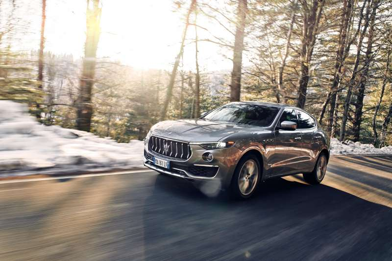 擁有烈馬精髓的 3.0L 雙渦輪 V6 引擎,以 350hp 強勁馬力作為後盾,引領駕駛人在每一個彎道頂點取得先機。(圖片提供:Maserati)