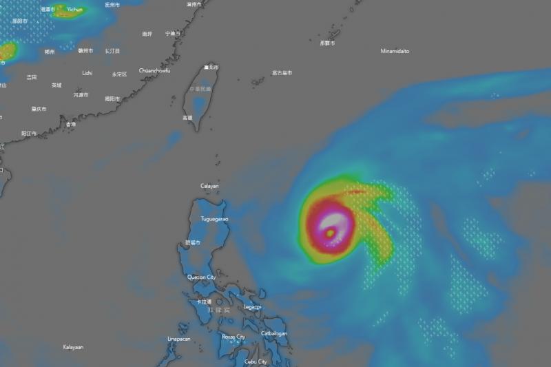 未來一、兩天熱帶低壓有發展為輕度颱風的趨勢,不過路徑可能會在菲律賓東方海面就轉向偏北。(圖/擷取自windy.com)