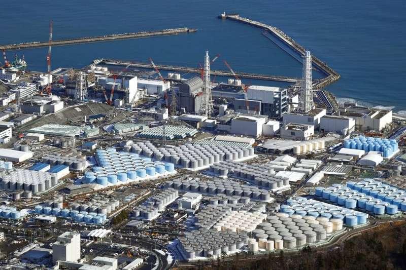 日本政府13日召開相關閣僚會議,正式決定將東京電力福島第一核電廠經過處理的核廢水排放入海。(資料照,美聯社)