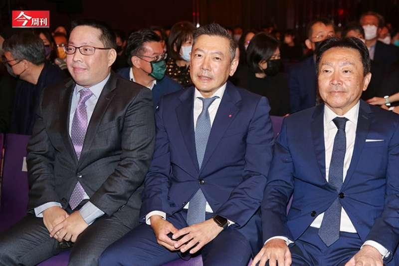 新光三越創立30多年來首次跨出百貨業,老三吳昕昌也正式躍上枱面、主導Outlet事宜。(今周刊提供)