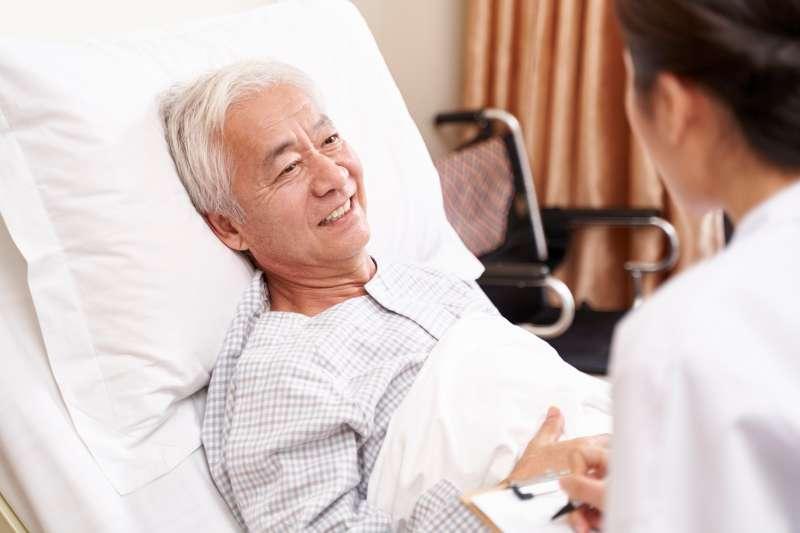 新一代標靶藥物能幫患者爭取長達一年半的完全緩解時間,高出傳統化療7倍之多(圖片來源:shutterstock)