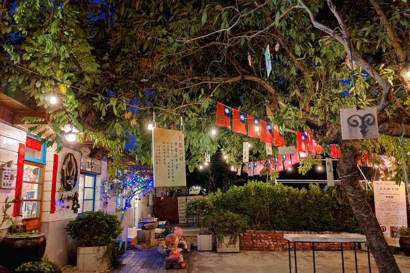 「光復新村」則為二戰後政府在台灣建立的第一個新市鎮,充滿歲月痕跡的紅磚瓦。(圖/臺中市政府)