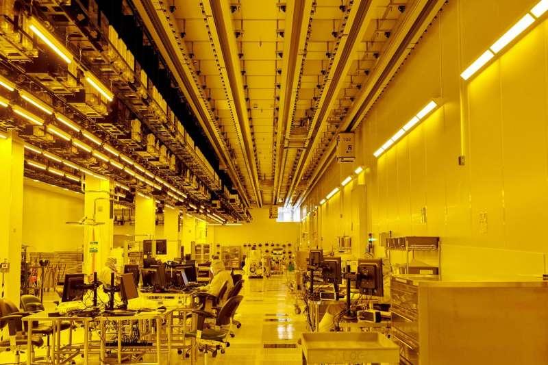 格芯位於紐約州馬耳他的生產設施,攝於4月16日。格芯是全球最大的晶片代工商之一。(GABBY JONES FOR THE WALL STREET JOURNAL)
