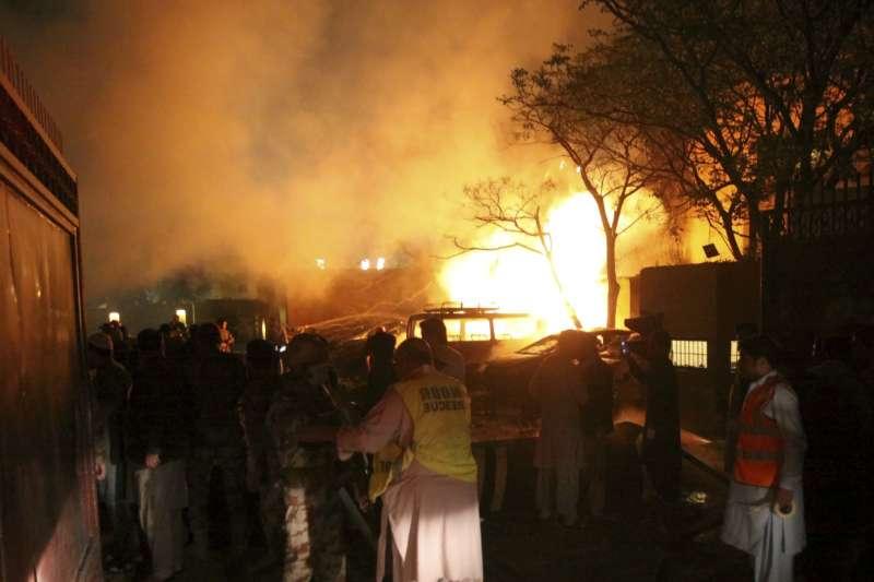 2021年4月21日,巴基斯坦奎塔(Quetta)發生汽車炸彈攻擊,疑似鎖定中國駐巴大使(AP)
