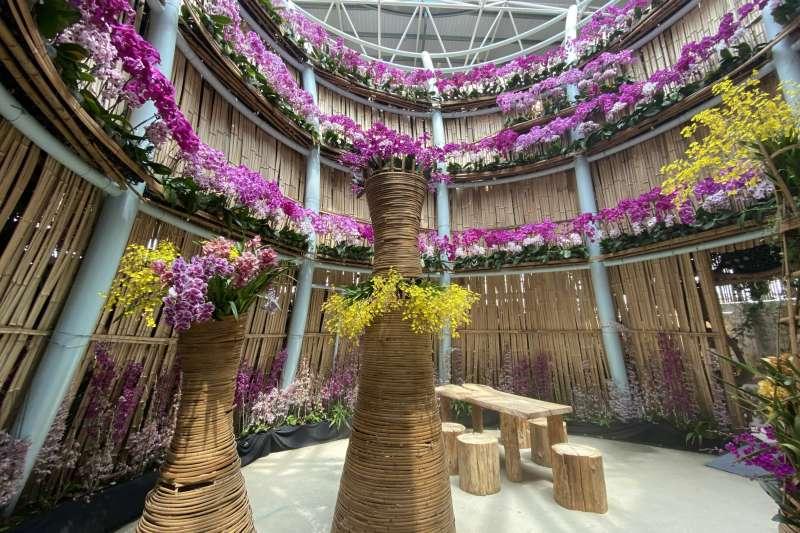 「世界蘭展、花漾台中2021 Virtual WOC Taichung」展出十幾萬株類各品種的蘭花。(圖/王秀禾)