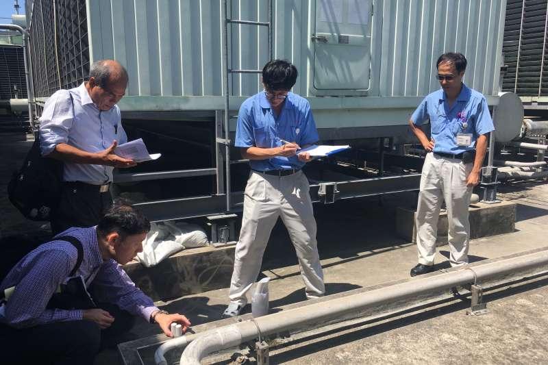 台灣佳能節水技術輔導-冷卻水塔水質檢測。(圖/經濟部加工出口區管理處提供)